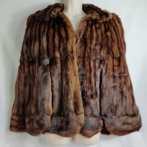 Vintage Fur by Truesdell cape1940s mink?